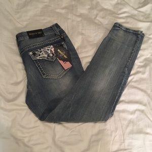 ⚡️NEW⚡️Paisley sky skinny pants size 14
